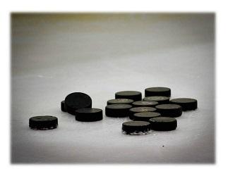 Hockey_Pucks.jpg